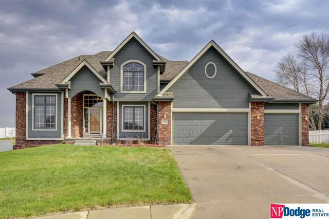1302 Joy Street, Papillion, NE 68046 (MLS #22021667) :: The Homefront Team at Nebraska Realty