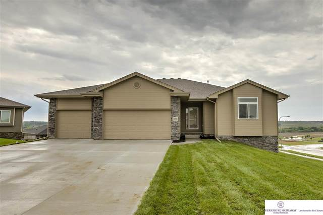 12040 S 44th Street, Bellevue, NE 68123 (MLS #22021672) :: The Homefront Team at Nebraska Realty