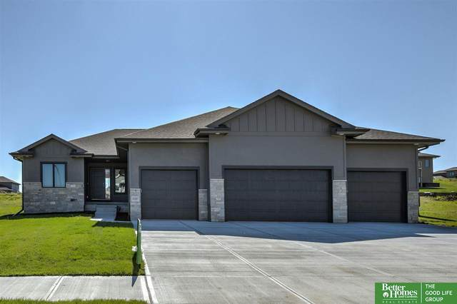 10107 S 188th Street, Omaha, NE 68136 (MLS #22021702) :: Dodge County Realty Group