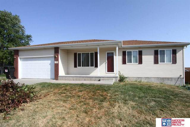 1130 W Charles Hall Avenue, Lincoln, NE 68522 (MLS #22021776) :: Capital City Realty Group
