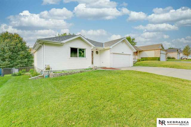 833 Karen Drive, Lincoln, NE 68522 (MLS #22021798) :: Capital City Realty Group