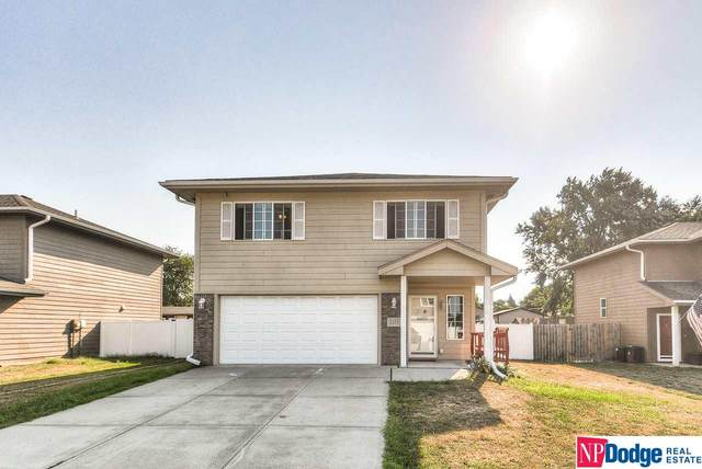 2335 Avenue M Way, Council Bluffs, IA 51501 (MLS #22021844) :: The Homefront Team at Nebraska Realty