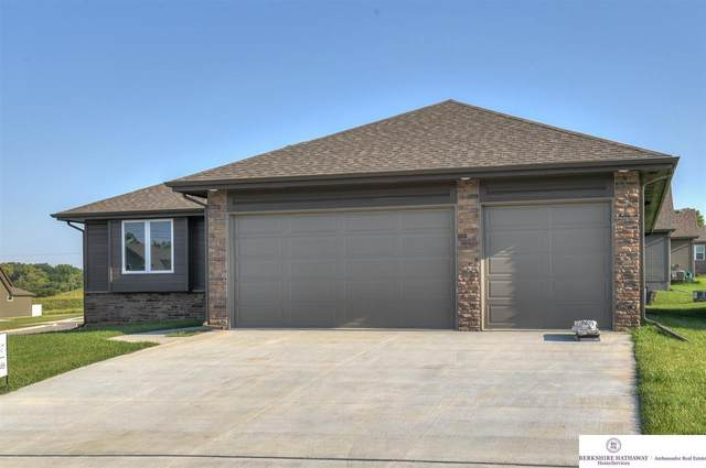 2034 Geri Circle, Bellevue, NE 68147 (MLS #22021923) :: Omaha Real Estate Group