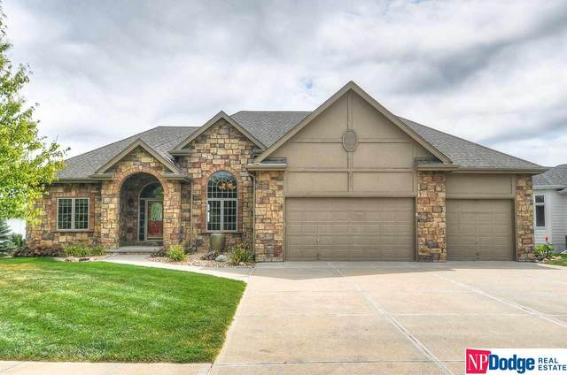 1007 Elk Ridge Drive, Elkhorn, NE 68022 (MLS #22022077) :: Catalyst Real Estate Group