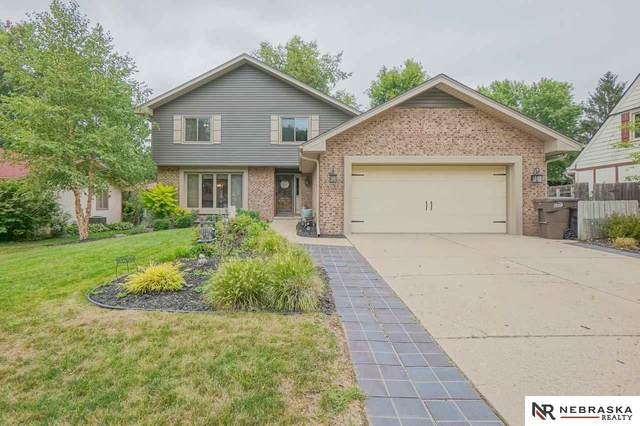6408 Tanglewood Lane, Lincoln, NE 68516 (MLS #22022090) :: The Excellence Team
