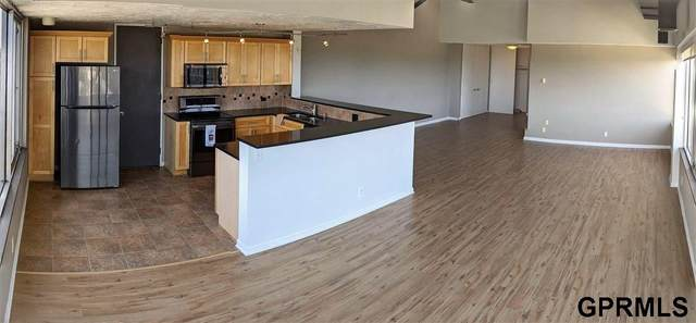105 N 31st Avenue, Omaha, NE 68124 (MLS #22022100) :: Stuart & Associates Real Estate Group