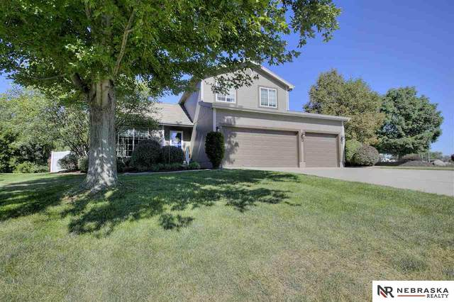 11580 Willow Park Drive, Gretna, NE 68028 (MLS #22022207) :: Catalyst Real Estate Group