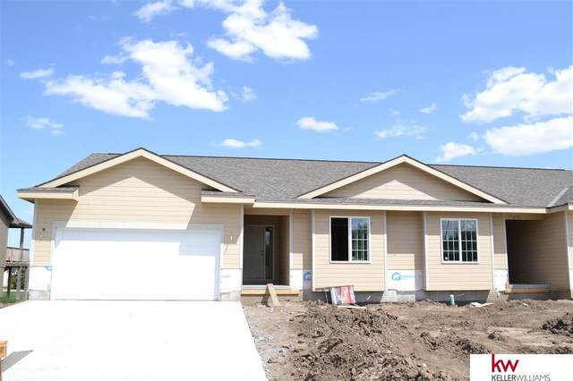 3031 Lakeside Drive, Plattsmouth, NE 68048 (MLS #22022261) :: The Excellence Team