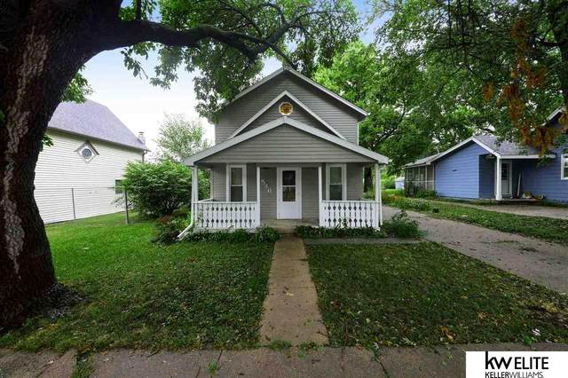 536 Langdon Avenue, Gretna, NE 68028 (MLS #22022281) :: Capital City Realty Group