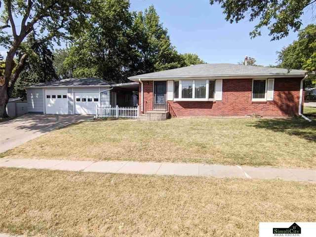 5740 Aylesworth Avenue, Lincoln, NE 68505 (MLS #22022376) :: Omaha Real Estate Group