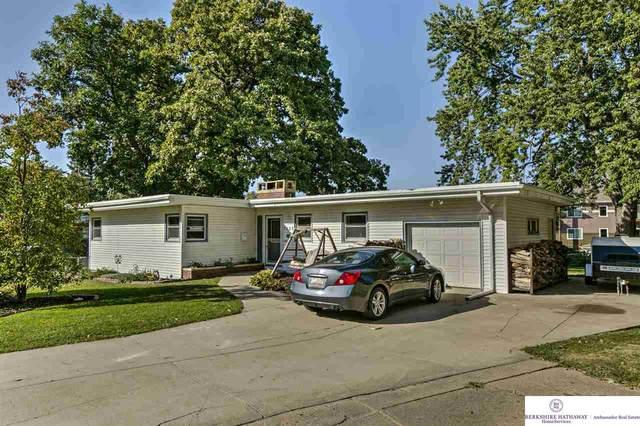 7623 Belmont Drive, Ralston, NE 68127 (MLS #22022471) :: The Homefront Team at Nebraska Realty