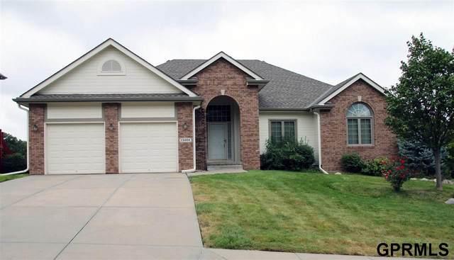 13404 Tregaron Circle, Bellevue, NE 68123 (MLS #22022496) :: The Homefront Team at Nebraska Realty
