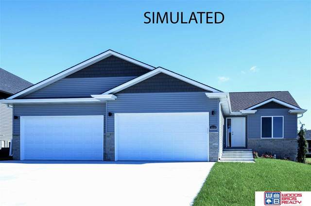 911 Terrace View Drive, Hickman, NE 68372 (MLS #22022562) :: Lincoln Select Real Estate Group