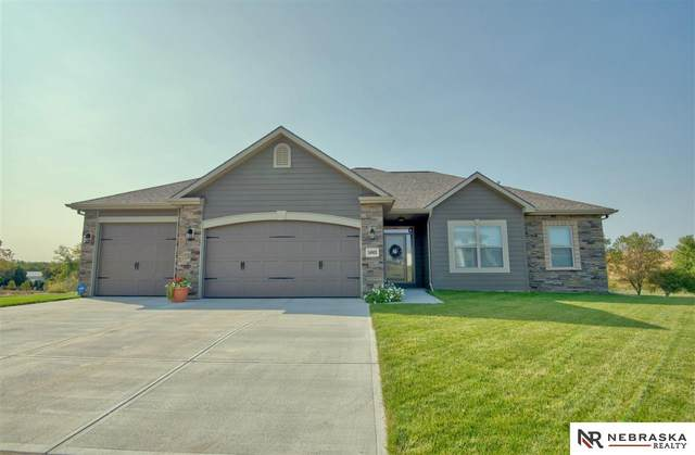 16905 Samantha Road, Gretna, NE 68028 (MLS #22022730) :: The Briley Team