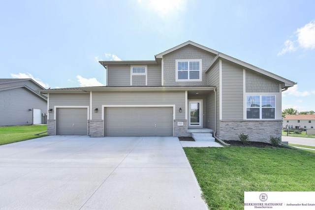 10515 S 110th Street, Papillion, NE 68046 (MLS #22022804) :: Omaha Real Estate Group
