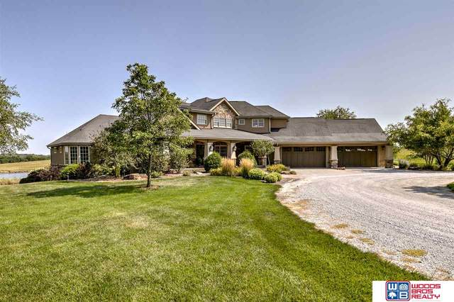 2210 N 98th Street, Lincoln, NE 68505 (MLS #22022910) :: Omaha Real Estate Group