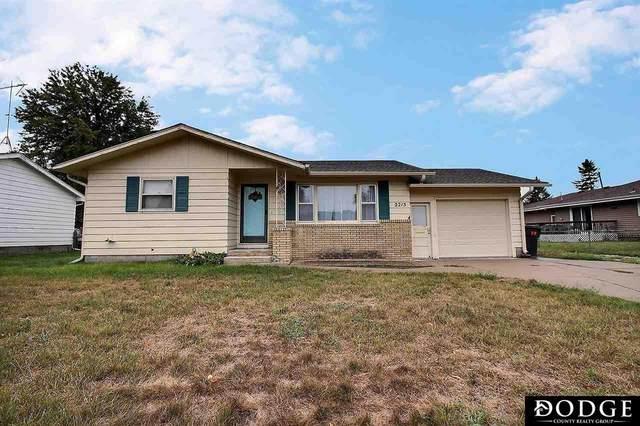 2215 E 4 Street, Fremont, NE 68025 (MLS #22022911) :: Capital City Realty Group