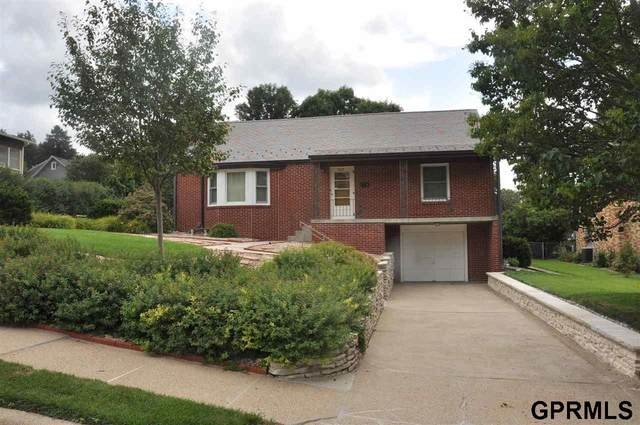 5617 Erskine Street, Omaha, NE 68104 (MLS #22022953) :: Catalyst Real Estate Group