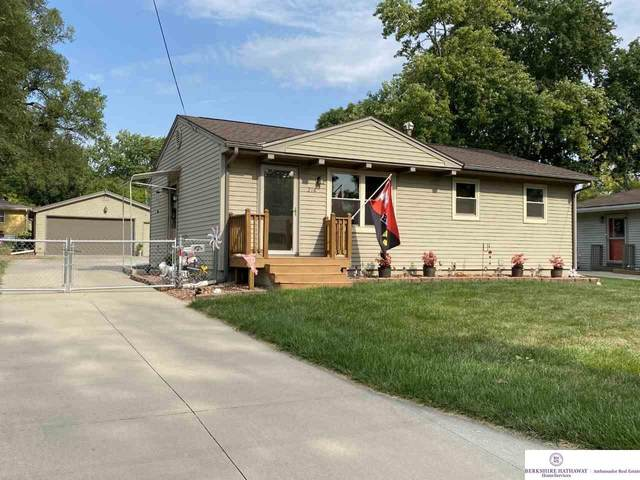 218 Greenhaven Road, Council Bluffs, NE 51503 (MLS #22022984) :: Omaha Real Estate Group