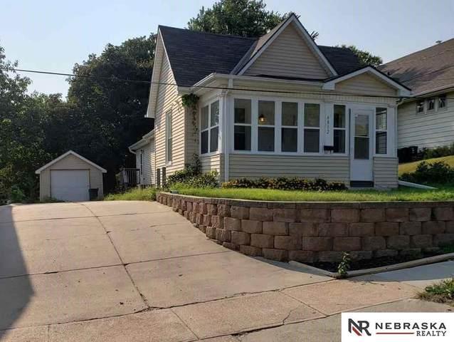 4812 S 17 Street, Omaha, NE 68107 (MLS #22023057) :: Catalyst Real Estate Group