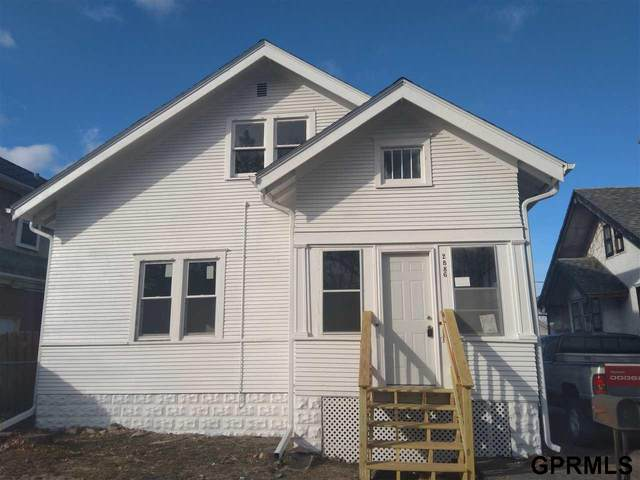 2886 Bauman Avenue, Omaha, NE 68112 (MLS #22023068) :: Omaha Real Estate Group