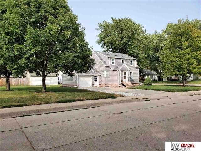 1422 Garfield Street, Beatrice, NE 68310 (MLS #22023078) :: kwELITE