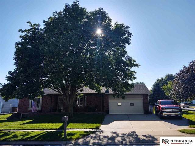 5231 N 25Th Street, Lincoln, NE 68521 (MLS #22023098) :: Complete Real Estate Group