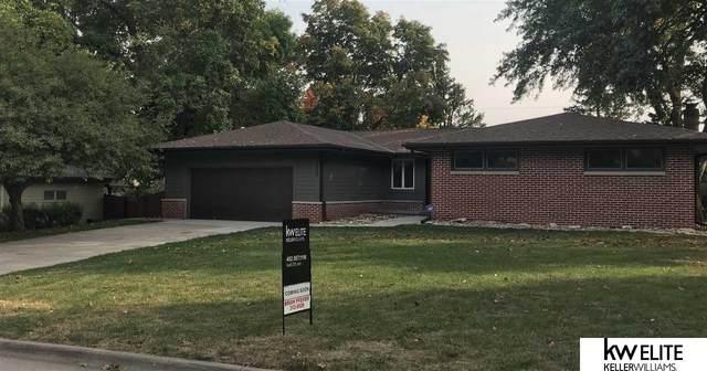 11825 Hickory Road, Omaha, NE 68144 (MLS #22023107) :: Omaha Real Estate Group