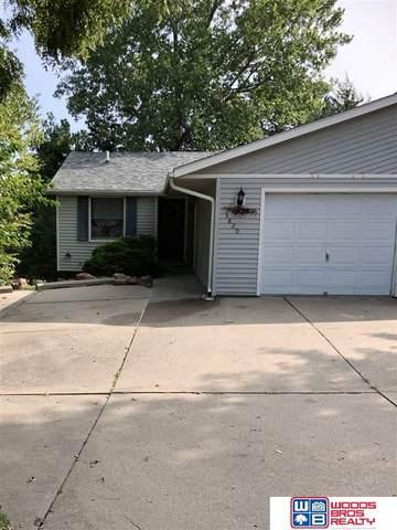 5620 Lancelot Lane, Lincoln, NE 68512 (MLS #22023113) :: Lincoln Select Real Estate Group