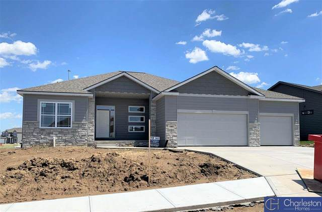 16855 Samantha Road, Gretna, NE 68028 (MLS #22023130) :: The Excellence Team
