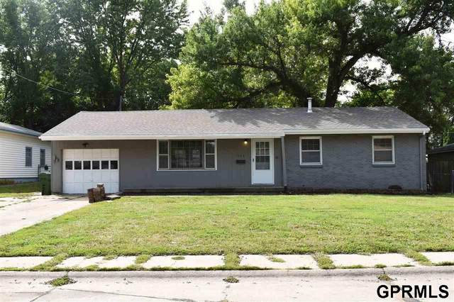 503 W 14th Avenue, Bellevue, NE 68005 (MLS #22023132) :: Omaha Real Estate Group