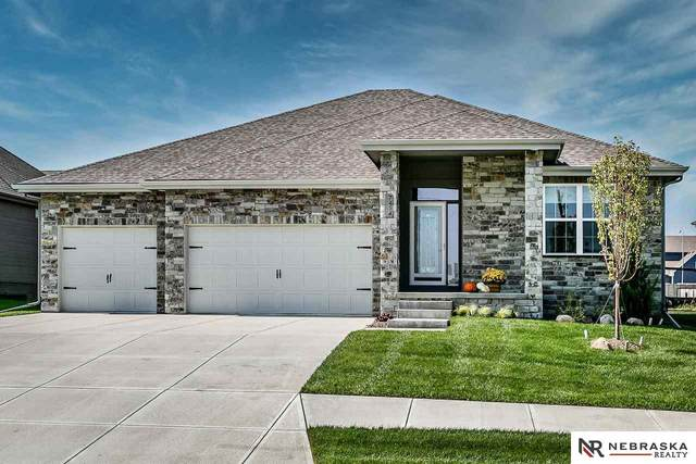 7414 N 168 Avenue, Bennington, NE 68007 (MLS #22023183) :: Omaha Real Estate Group