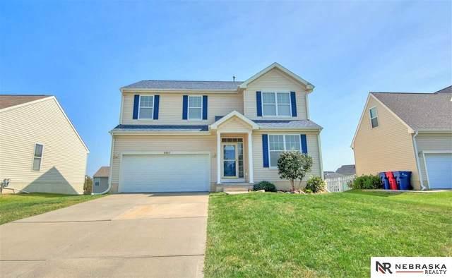 8907 S 167 Street, Omaha, NE 68136 (MLS #22023204) :: Catalyst Real Estate Group