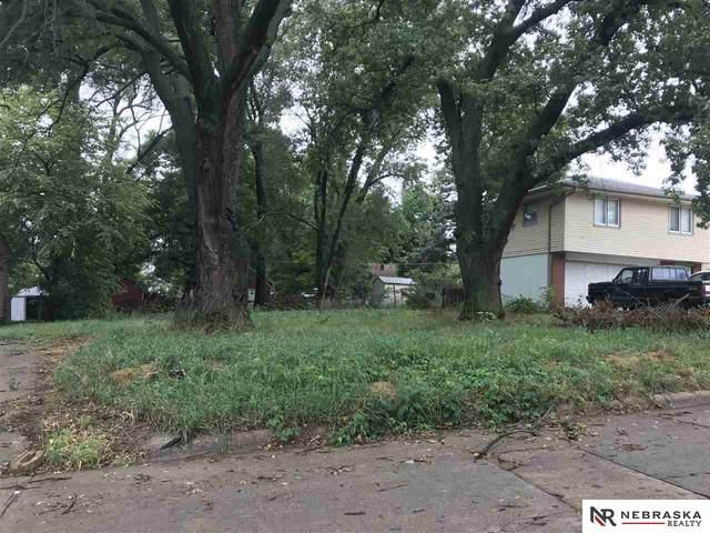 4903 Saratoga Street, Omaha, NE 68104 (MLS #22023242) :: Capital City Realty Group