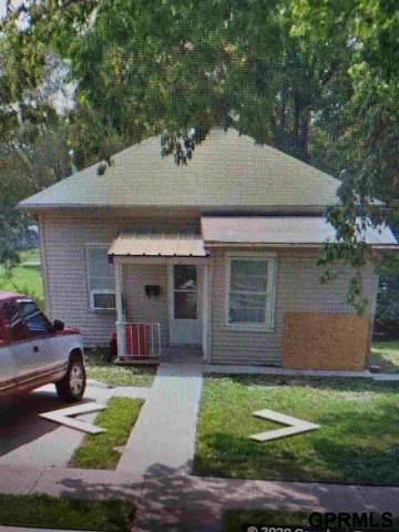 703 S 10 Street, Beatrice, NE 68310 (MLS #22023267) :: kwELITE