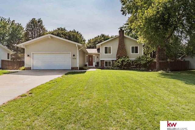 12725 Southdale Drive, Omaha, NE 68137 (MLS #22023313) :: Catalyst Real Estate Group