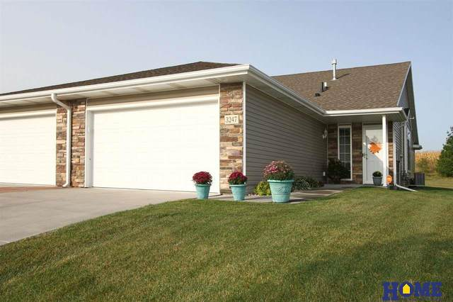 3247 N 89 Street, Lincoln, NE 68507 (MLS #22023326) :: The Homefront Team at Nebraska Realty