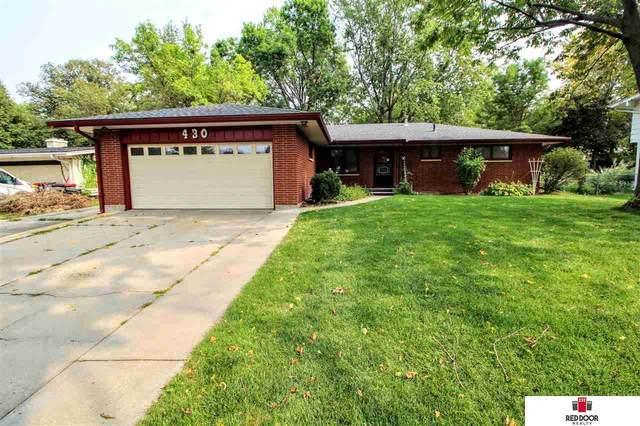 430 Sycamore Drive, Lincoln, NE 68510 (MLS #22023366) :: Lincoln Select Real Estate Group
