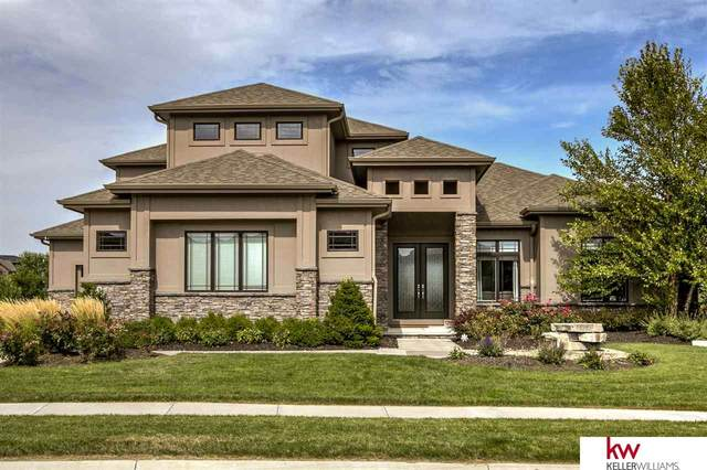20912 Cedar Street, Elkhorn, NE 68022 (MLS #22023394) :: Dodge County Realty Group