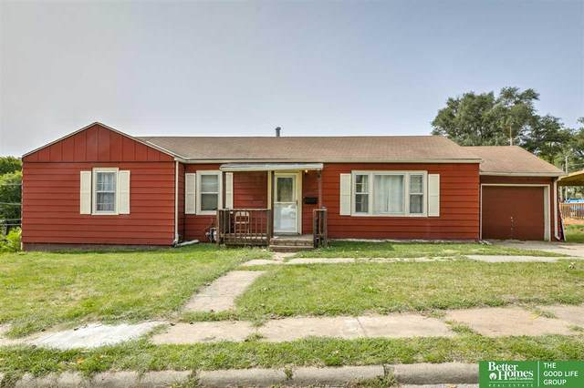4538 N 40th Street, Omaha, NE 68111 (MLS #22023417) :: The Homefront Team at Nebraska Realty