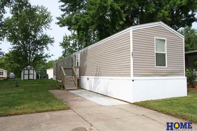 1301 W Commodore Boulevard, Lincoln, NE 68522 (MLS #22023419) :: Stuart & Associates Real Estate Group