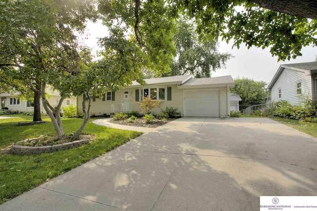 10909 Westover Road, Omaha, NE 68154 (MLS #22023433) :: kwELITE