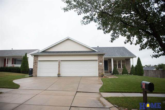 2710 SW 18th Street, Lincoln, NE 68522 (MLS #22023439) :: Complete Real Estate Group