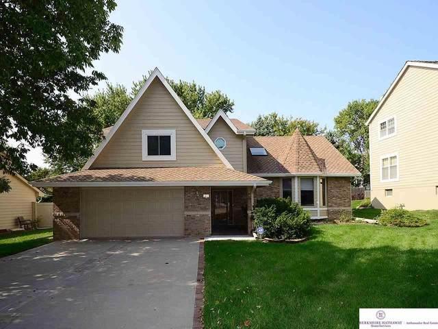 416 S 158 Circle, Omaha, NE 68118 (MLS #22023505) :: Dodge County Realty Group