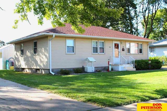 1717 N Lincoln Avenue, Fremont, NE 68025 (MLS #22023509) :: The Excellence Team