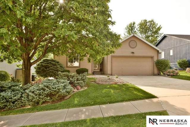 16315 Madison Street, Omaha, NE 68135 (MLS #22023527) :: Omaha Real Estate Group