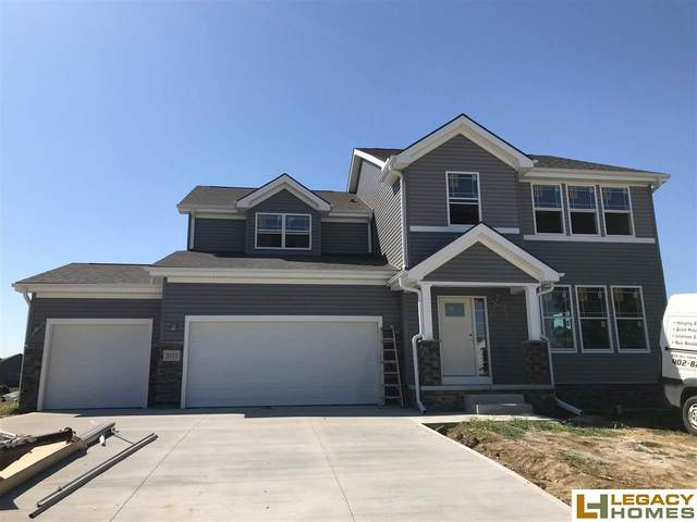 2111 Hedgeapple Road, Plattsmouth, NE 68048 (MLS #22023536) :: kwELITE