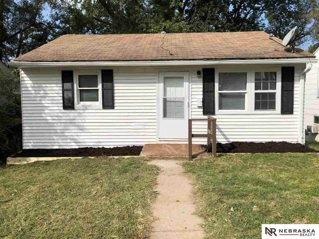 5910 N 42nd Street, Omaha, NE 68111 (MLS #22023549) :: Complete Real Estate Group