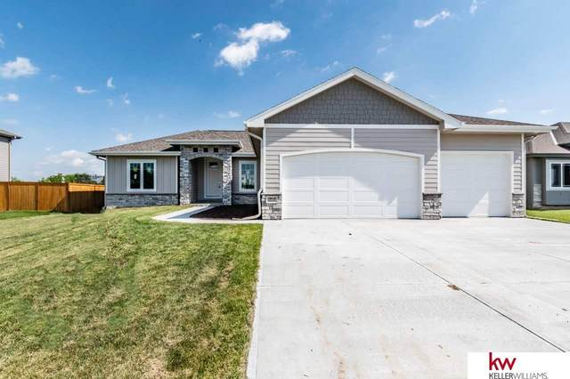 18416 Patrick Avenue, Elkhorn, NE 68022 (MLS #22023561) :: The Excellence Team