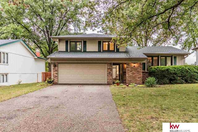 11435 Queens Drive, Omaha, NE 68164 (MLS #22023562) :: Complete Real Estate Group